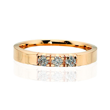 Grace Ring 3 x 0.07 ct