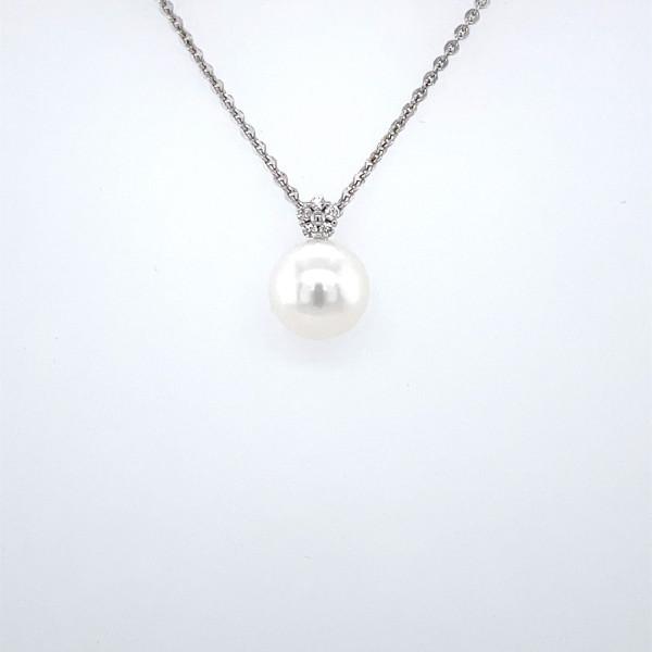 Perlevedhæng med diamanter