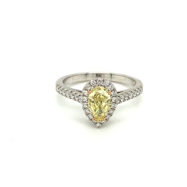Pear fancy yellow ring 0,84ct
