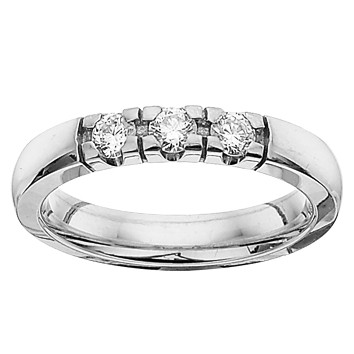 Grace Ring 3 x 0.11 ct